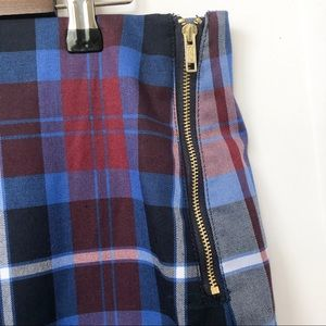 Tommy Hilfiger Skirts - NWT Tommy Hilfiger Side Zip Plaid Skirt • Size 12